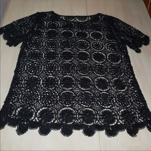 EUC BANANA REPUBLIC CROCHETED BLACK TOP SZ MEDIUM